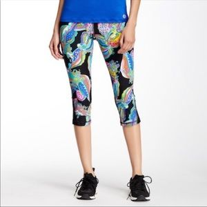 Trina turk recreation capri leggings